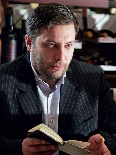 Писатель Сергей Минаев книги