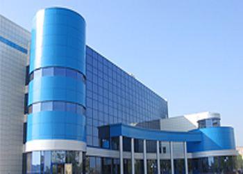 Компания «ХайТекФасады» производит современные качественные вентилируемые фасады