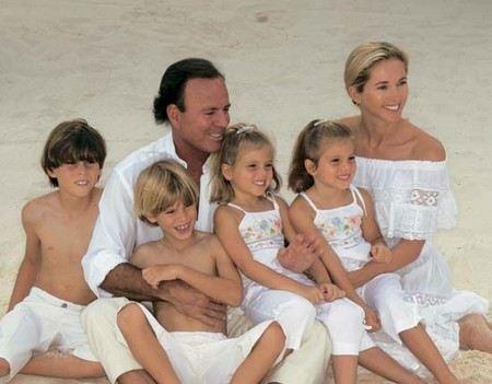 У Хулио Иглесиас 8 детей от разных жен