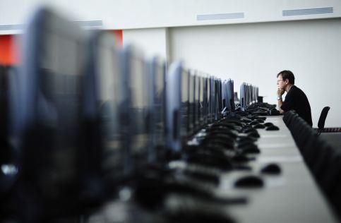 Депутаты приняли законопроект о досудебной блокировке сайтов