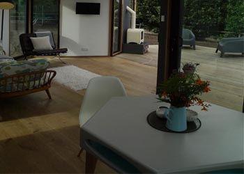 Дизайнер создал дом по принципу пчелиного улья