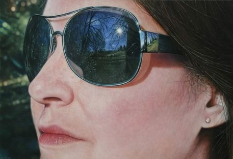 Художник Саймон Хеннесси работает над картиной от двух недель до семи месяцев