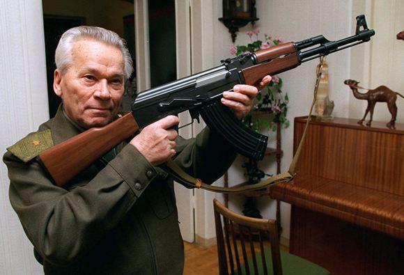 Скончался создатель АК-47