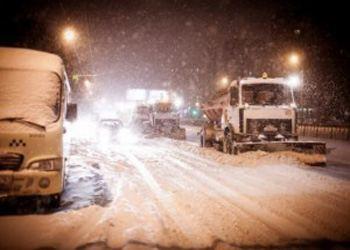 В Самаре вывозили снег 165 единиц спецтехники