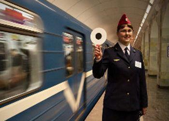 В Петербурге на 13 станциях метро уже заработал Wi-Fi