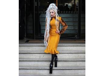 Эксперты моды рассказали, какую одежду и обувь нежелательно надевать в Новом 2014 году