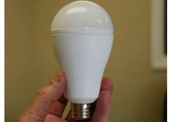 Созданы «умные» лампочки, которые не оставят без света при отключении электроэнергии