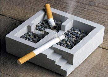 В России летом 2014 года запретят курить в ресторанах