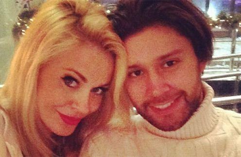 Таня Терешина рассказала, что пеленки ее новорожденной дочери меняет муж