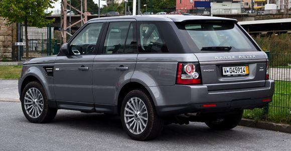 В США отзовут несколько тысяч Range Rover