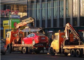 Московские эвакуаторы с 1 января 2014 года стали увозить авто с улиц столицы с иностранными номерами, нарушающих правила парковки