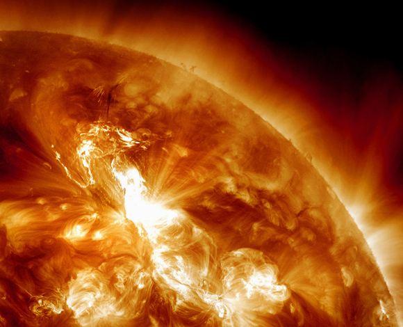 На Солнце произошла рентгеновская вспышка самого сильного класса