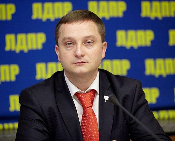 Роман Худяков предлагает наказывать родственников террористов