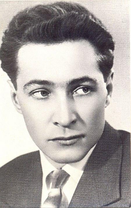 Вячеслав Тихонов актер