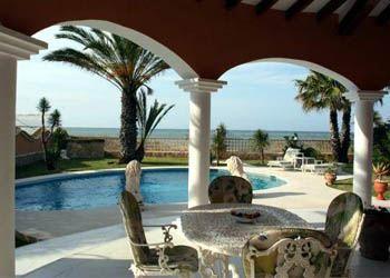Эксперты прогнозируют окончание падения цен на испанскую недвижимость
