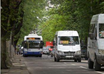 В Финляндии на транспорт ввели съедобные билеты