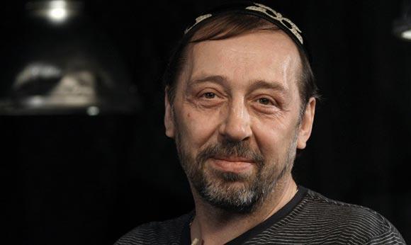 Николай Коляда успел к началу гастролей своей труппы