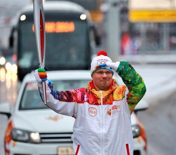 Гарик Харламов отправился в Курск на эстафету олимпийского огня