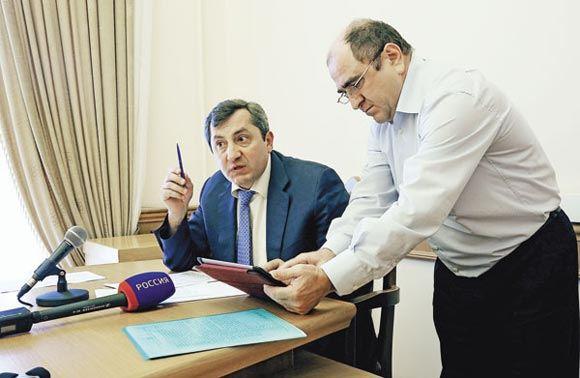 В столице по подозрению в мошенничестве задержали вице-премьера Дагестана