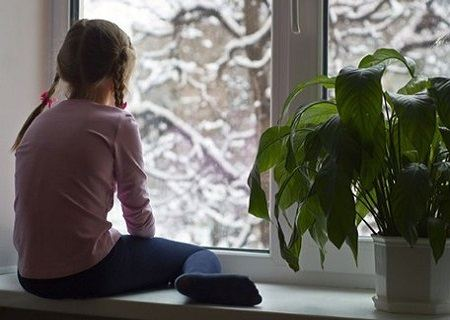 Пластиковые окна зимой согревают