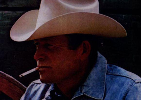 Один из исполнителей ролей в рекламе сигарет Marlboro умер от болезни легких