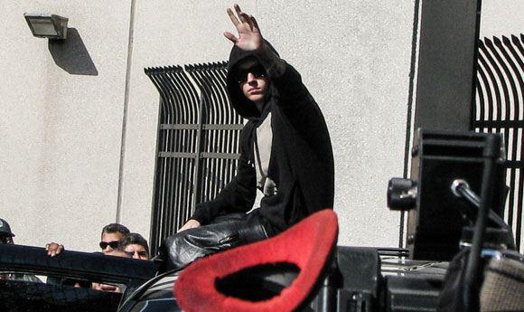 Бибер добровольно сдался полиции Торонто