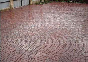 Специалисты рассказали о преимуществах тротуарной полимерпесчаной плитки