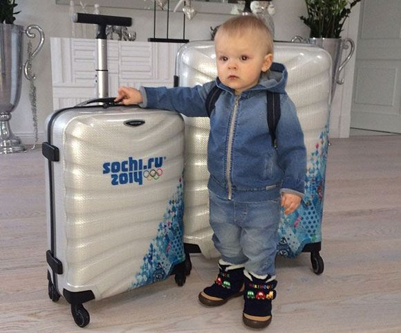 "Son Plushenko and Rudkovskaya ""sitting on suitcases"" before flying to Sochi"