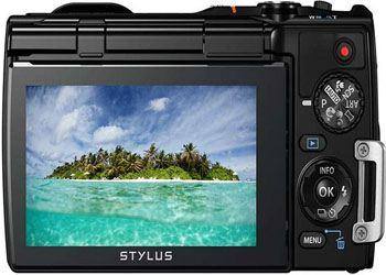 Olympus представила Stylus Tough с наклонным дисплеем