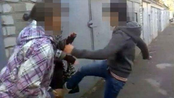 В Московское области суд рассмотрит дело девушек, избивших подругу-инвалидку