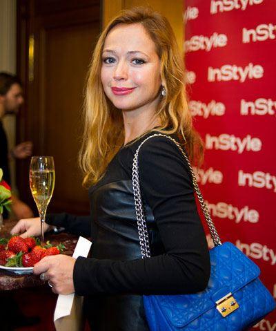 Елена Захарова демонстрирует округлившийся живот