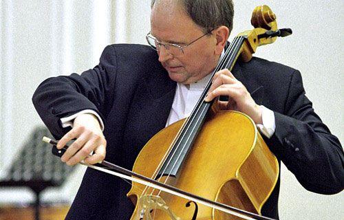 В Лондоне скончался известный российский виолончелист и музыковед