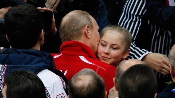 Российские фигуристы победили в командном турнире ОИ