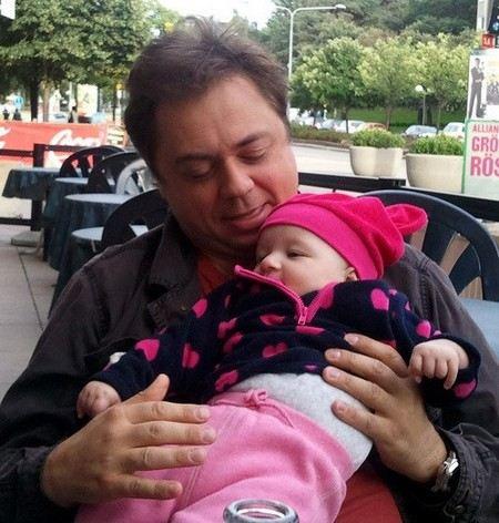 Отец из «Папиных дочек» скоро станет дедушкой (ФОТО