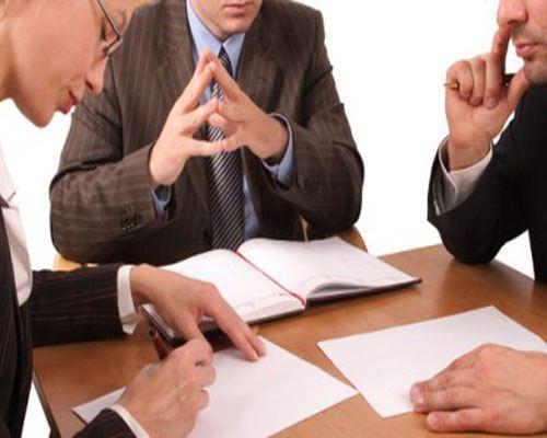 В Хабаровске администрация оказывает бесплатные юридические консультации