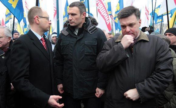 Виктор Янукович попытается найти общий язык с оппозиционными лидерами