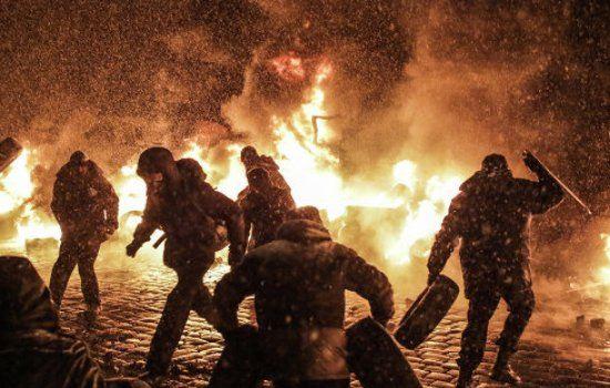 В ходе столкновений в Киеве погибли 25 человек