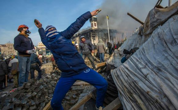 Дмитрий Ярош заявил, что наступление народа должно продолжаться