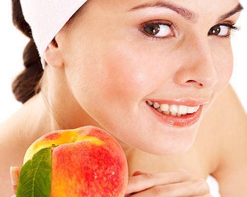 Персики помогают продлить молодость кожи