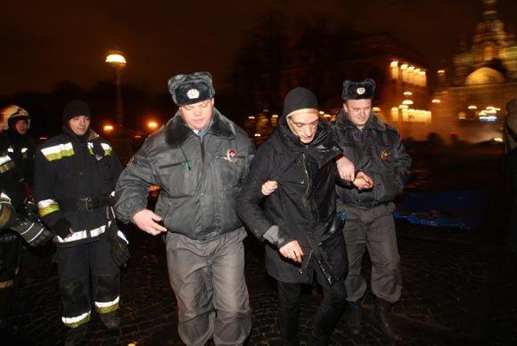 В Санкт-Петербруге задержали художника Петра Павленского