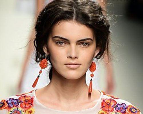 На Миланской неделе мод стилисты продемонстрировали прически сезона весна-лето 2014