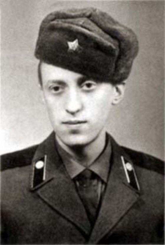актёр авилов фото