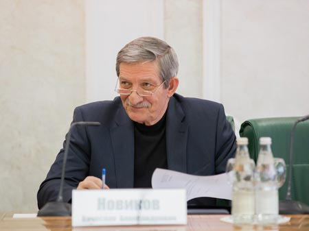Сенатор Вячеслав Новиков скончался от сердечного приступа