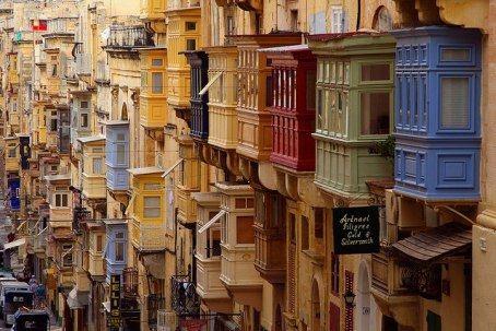 Мир состоит из балконов