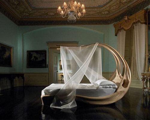 Ирландский дизайнер создал уникальную закрученную мебель