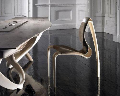 Дизайнер создал коллекцию закрученной мебели