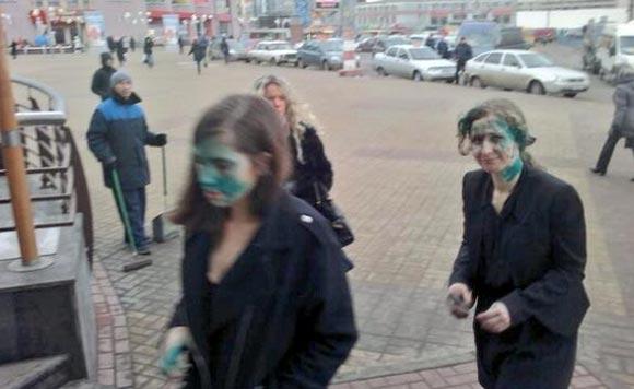 Неизвестные напали на Алехину и Толоконникову в Нижнем Новгороде