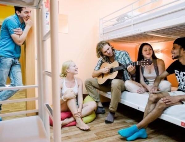 Молодежь любит хостелы