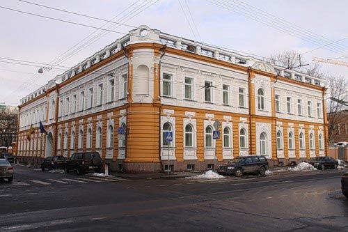 Испанское посольство в Москве опровергло слухи о запрете выдачи виз россиянам