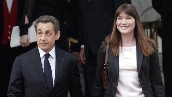 Разговоры Николя Саркози с Карлой Бруни попали в руки журналистов